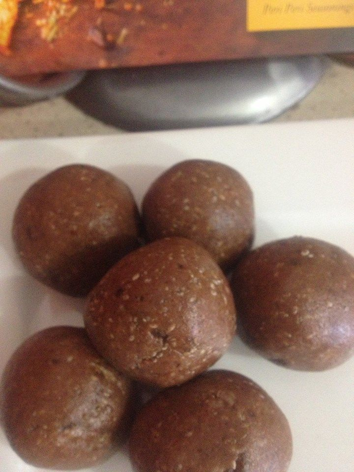 PROTEIN BALLS | GREAT AFTER THAT WORK OUT - In a blender add 1 cup of Cashew nuts, 2 tablespoons of Protein Powder, 1 cup of Chai Seeds & 2 tablespoon of YIAH Choc & Almond Dukkah until all crumbed - then add 10-12 Dates (chopped) & 2 tablespoons of Honey - Roll into balls. ENJOY!!