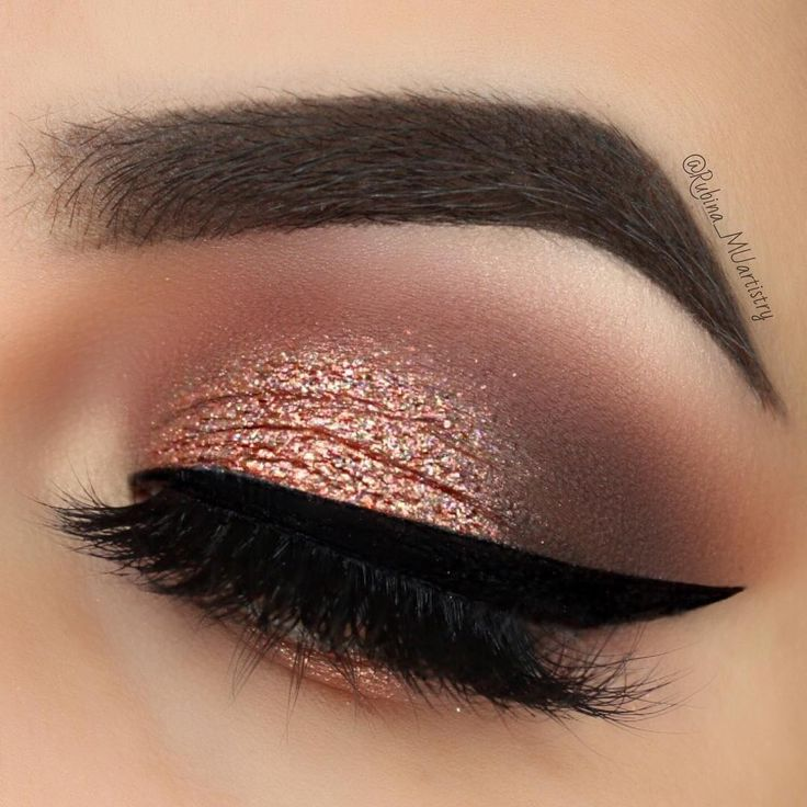 "23.5k Likes, 160 Comments - R U B I N A (@rubina_muartistry) on Instagram: ""#stepbystep @motivescosmetics Eyeshadows in Winter Nights on the crease, Vino on the outer V,…"""