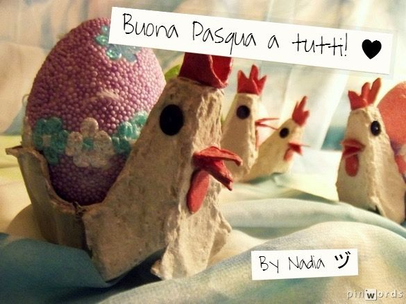 Happy Easter!  https://www.etsy.com/it/listing/185954410/gallina-portauova-con-ovetto-di?ref=listing-shop-header-2