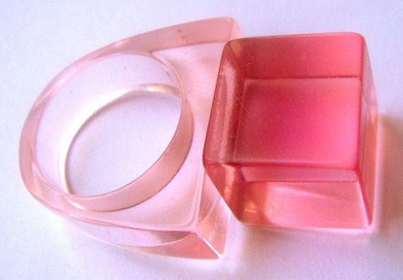 Ring Rose Lucite Vintage Air Geometry