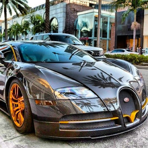 Bugatti Veyron- What colour schemes would you have?  Actually saw this one in real life in Los,Angeles California when we went there at the first beginning of this year.