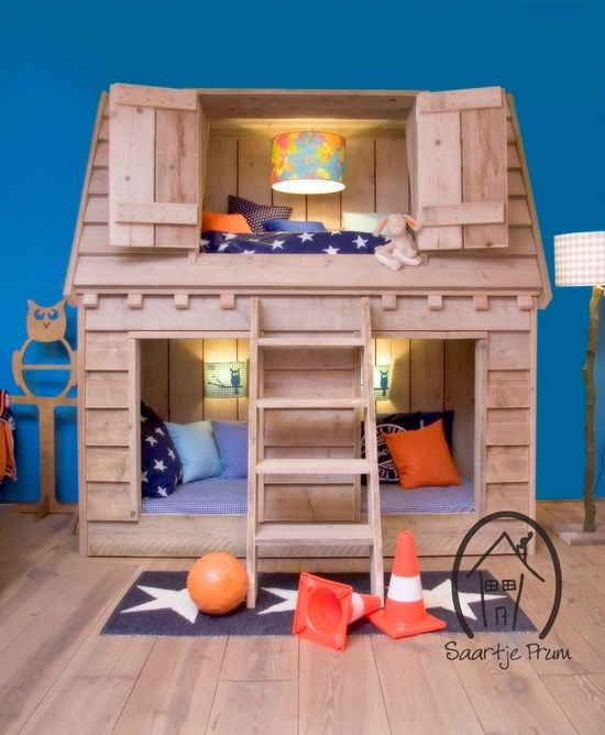 Make a fantastic kids room and add a spark of fun with a house bed. From the outside, like a child's house with folding doors and inside a…