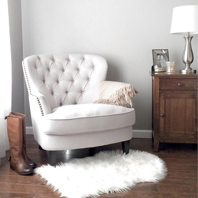 small armchair for bedroom best 25 white armchair ideas on 17090