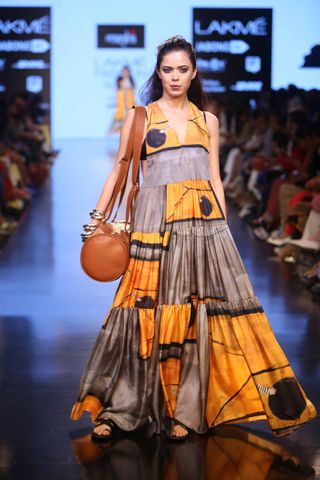 Review, Show Pictures of Masaba, Lakme Fashion Week: www.explosivefashion.in/runway-report/masaba-gupta-winter-festive-2015.html