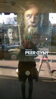 Popkulttuuria ja undergroundia: Ryhmiksen Peer Gynt oli huikea peikkomainen opettavainen ja groteski. Peer Gyntissä oli kauhua stag, Wendigo, peikot ja pelkoa vapauden menettämisestä...