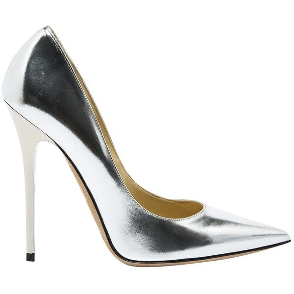 Pre-owned Jimmy Choo Patent Leather Heels ($271) ❤ liked on Polyvore featuring shoes, pumps, metallic, women shoes heels, metallic shoes, pre owned shoes, metallic pumps, jimmy choo and jimmy choo pumps