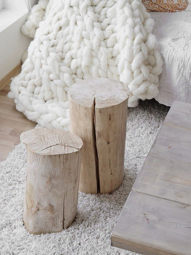 white and wood barefootstyling.com
