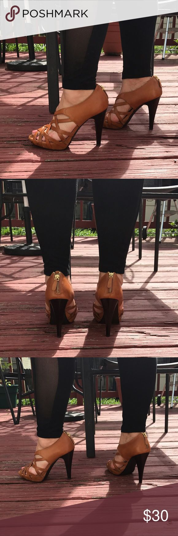 """Size 9 Nine West - Leather upper Goes with so many looks!!  love the shoes. 4"""" cognac brown Nine West Shoes Heels"""