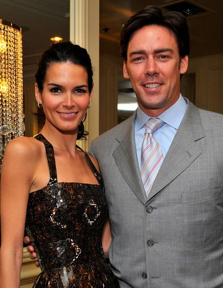 Angie Harmon Jason Sehorn Photos - Actress Angie Harmon (L) and husband Jason Sehorn attend Saks Fifth Avenue's 20th Annual Spring Luncheon at the Beverly Wilshire Hotel on April 9, 2008 in Beverly Hills, California. - Saks Fifth Avenue's 20th Annual Spring Luncheon