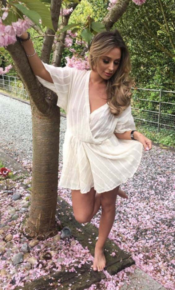 Towie's Amber Dowding looking gorgeous in the SilkFred 'Ekto Cross Front Flow Jumpsuit In Plaited Muslin Cotton' ... summer, beach, celebrity, outfit, The Only Way Is Essex