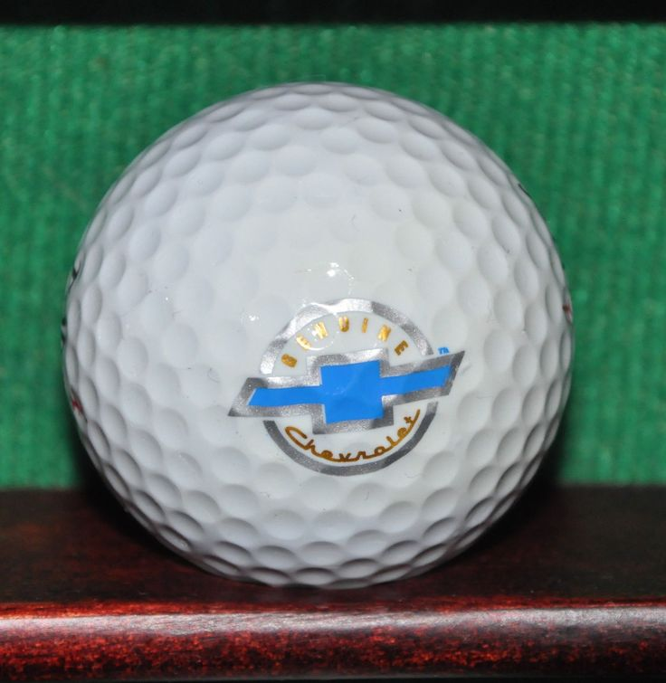 Genuine Chevrolet Motors Logo Golf Ball. Excellent Condition