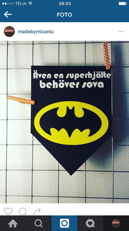 Vimpel vinyl barn barnrum Batman superhjälte text