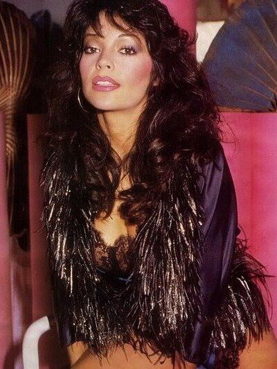 Apollonia Kotero (August 2, 1959) American singer, danser and manager, o.a. known from Prince and Apolonia 6.