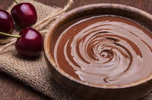 Yλικά  1 κουτί ζαχαρούχο γάλα  1 κουβερτούρα σοκολάτα γάλακτος  1/2 ποσότητα από την συσκευασία βούτυρο μαργαρίνη των 250 γραμαρίων...