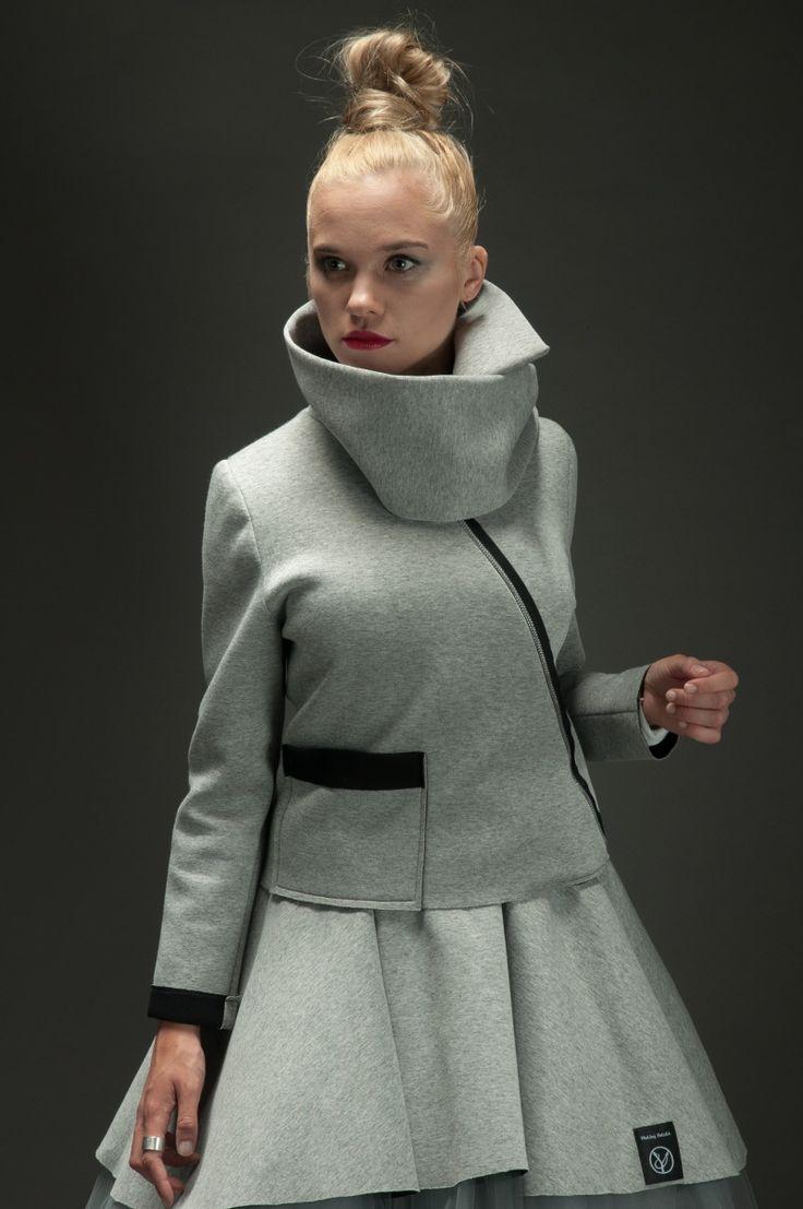 Kurtka NEO damska od Hultaj Polski, turtle neck jacket, high neck coat,  sample sale on milieubazaar.com