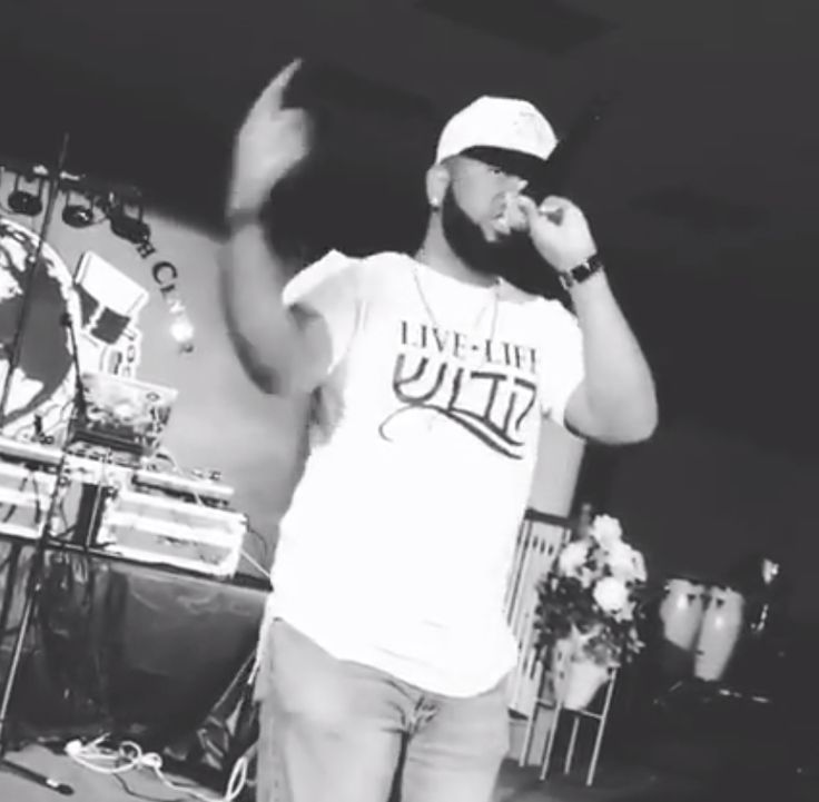 The homie @JeredSanders blazing the crowd with killa bars! He is on a mission to #LIVELIFESACRED. Get your Live Life Sacred Tee by clicking link below. https://www.sacredapparel.net/collections/all-store/products/red-live-life-sacred