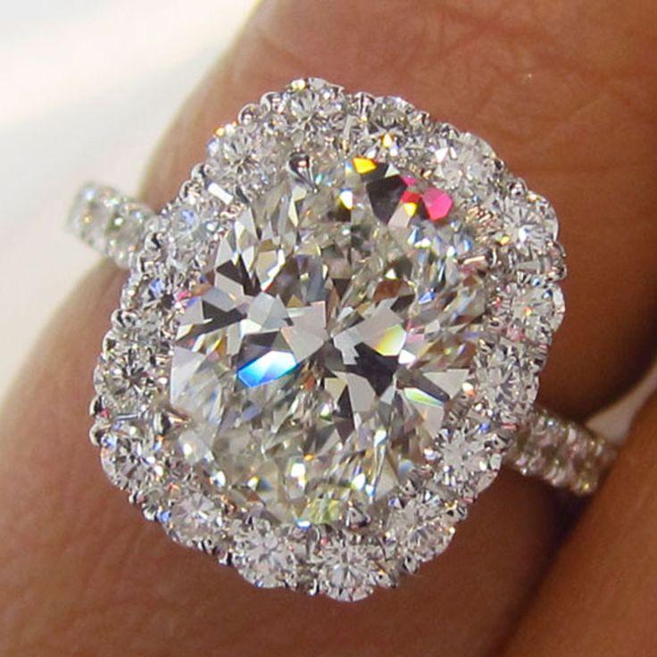 Gorgeous Diamond Halo Engagement Ring - Visit Diamond District NYC