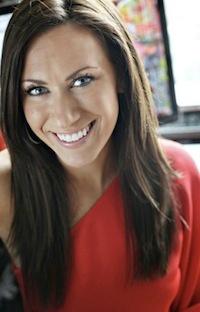 My idol..... http://powerofpinning.com/video2/?hop=automunny Melanie Duncan The Pincess of Pinterest