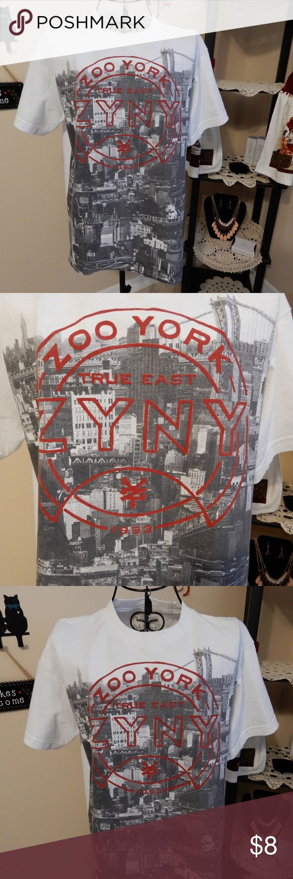 Zoo York T-Shirt for Men Zoo York T-Shirt. Size M. Young men.  Clean looks new. Make me an offer! Shirts Tees - Short Sleeve