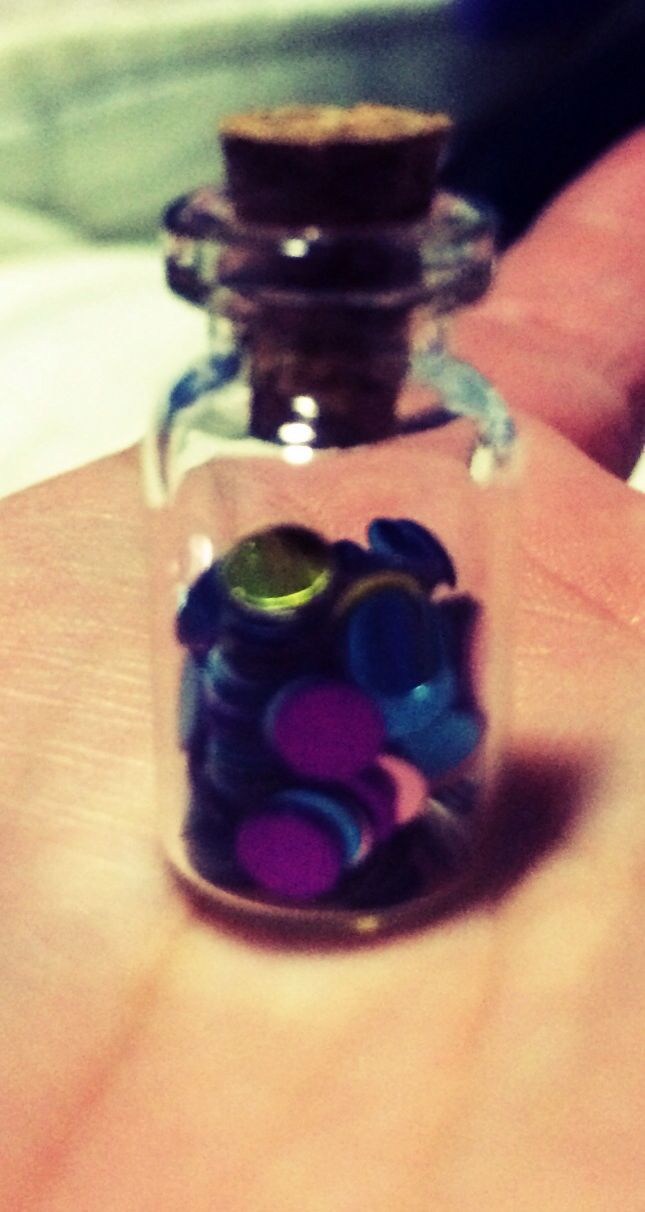 1ml glass bottle of fairy dust. I used confetti!!