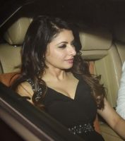 Bollywood Celebs Attend Sanjay Khan Grand Party
