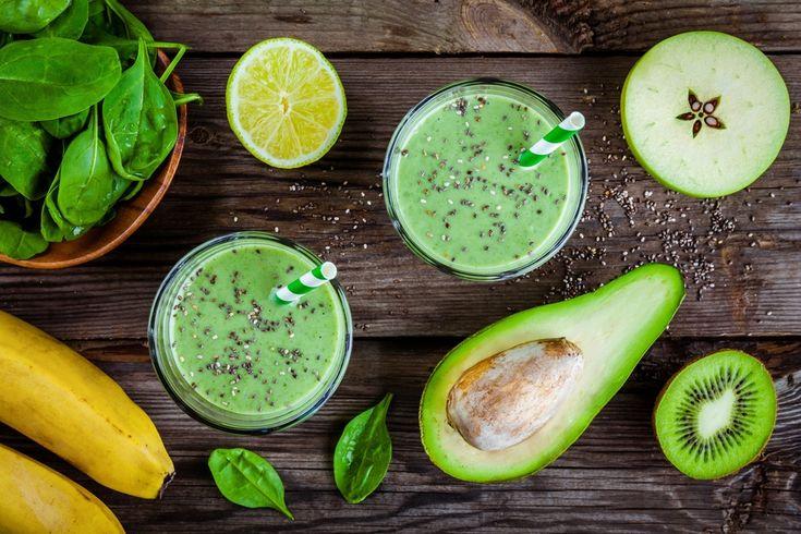Energy drink, le alternative naturali. Dal succo di pomodoro alla centrifuga di spinaci