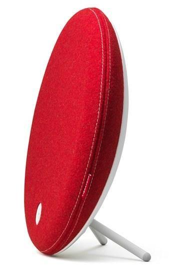 Beat red: Libratone 'Loop' wireless stand speaker