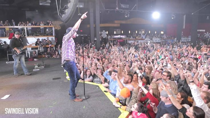 I'm not much of a Luke fan but I would but tickets just to see Cole and Lee :) Swindell Vision 2014 Episode 1