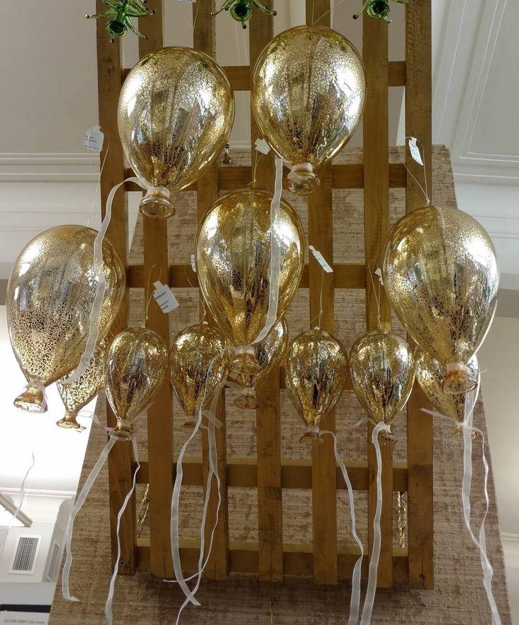 #воздушные_шарики из позолоченного стекла для праздничного настроения в доме ждут вас в #galleria_arben #фото @lobazik177 #christmasdecor