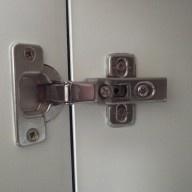 replacing cupboard door hinge