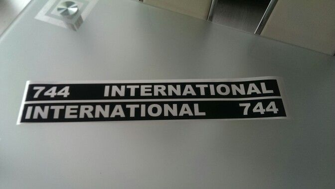 IHC 744