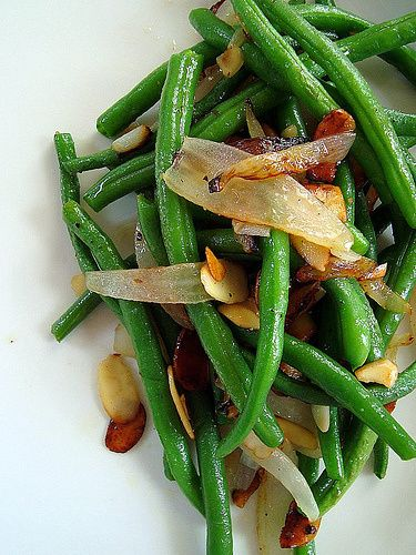 Sautèed Green Beans with Almonds - made these tonight they were awesome!