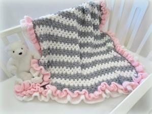 25+ best ideas about Ruffle blanket on Pinterest Soft ...