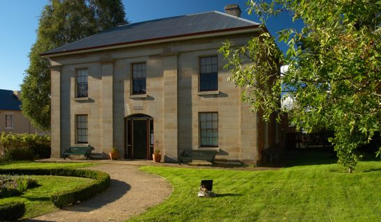 Narryna Heritage Museum(Greek Revival in style) was built in Tasmania as the town house of Captain Andrew Haig in 1837-40