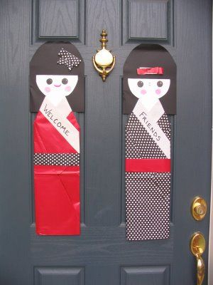 oversized oragami dolls to welcome guests