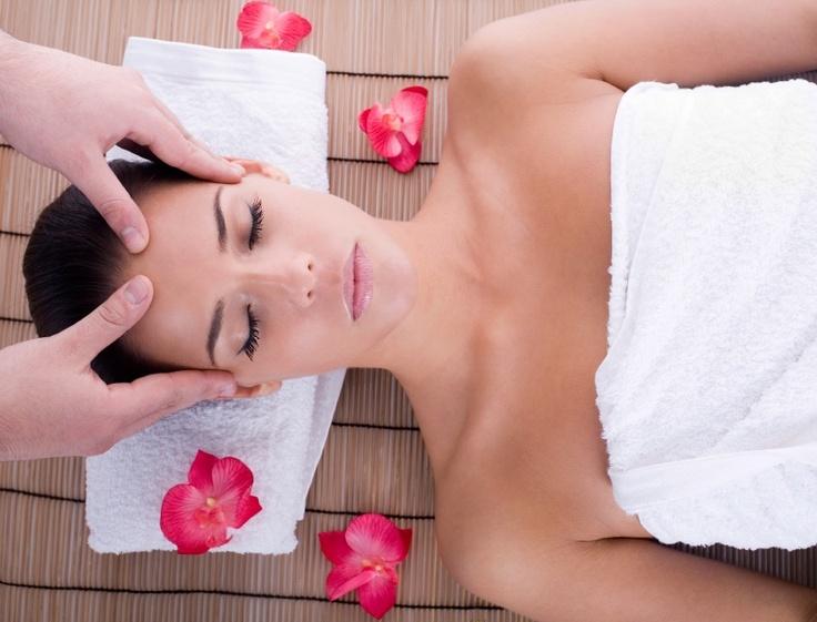 gold hand thai massage svenska eskort annonser