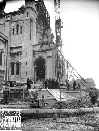 1919 - La construction du Sacré Coeur | PARIS UNPLUGGED