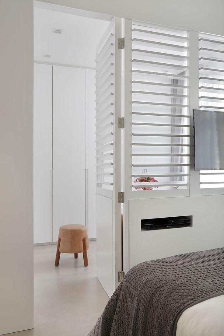 decoração, decoração de apartamento, apartamento, ambiente integrado, revestimento, decoração estilosa, estilo, quarto, quarto branco, decoração branca, cores neutras.