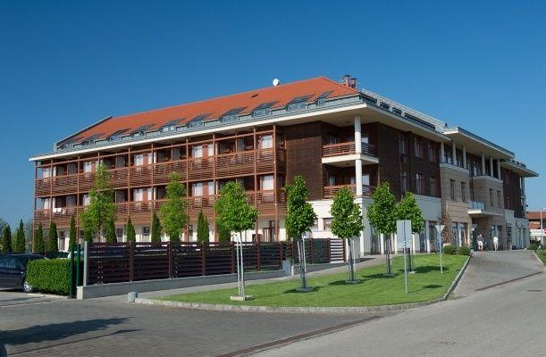 Hotel Aquarell, Cegléd