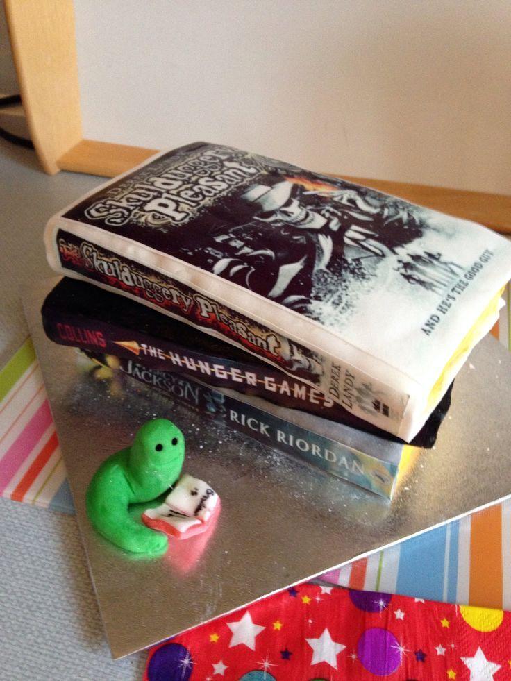 Skulduggery Pleasant Book gâteau pour mes 14 ans – Gâteaux que j'ai faits – #ans …   – Gateau Anniversaire