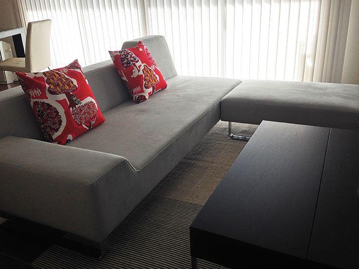 【レビュー1件】【正規情報】フランネルソファ(FLANNEL SOFA) SIESTAシリーズのSIESTA 3P(シエスタ 3P)です。価格、サイズ、評判は国内最大級の家具・インテリアポータル TABROOM(タブルーム)でチェックください。