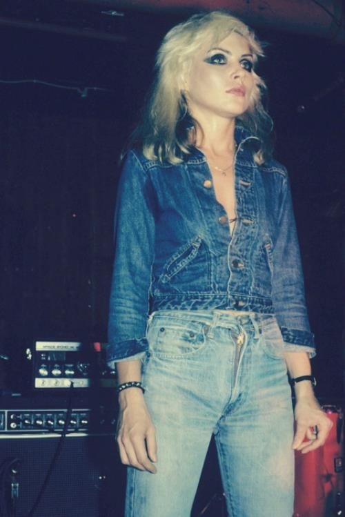 Debbie Harry in Double Denim: Denim On Denim, Debbieharry, Fashion Icons, Debbie Harry, Doubledenim, Blue Jeans, Double Denim, Style Icons, Denimond Am