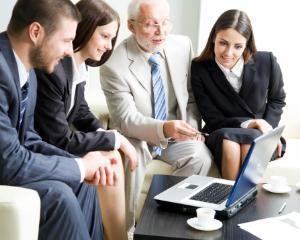 Angajatii+seniori,+categorie+cheie+pentru+o+afacere+de+succes