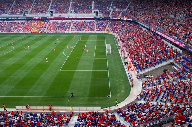 NYC Summer Soccer Friendly Guide: Arsenal, Liverpool, US Men, and More........soccer_rbnyhou_crowd.jpg