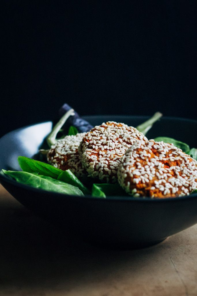 Raw Carrot Falafel | Well and Full | #raw #vegan #recipe