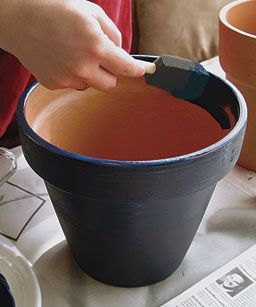 Painting clay pots from Fine Gardening.