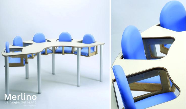 Tavolo pappa con seggioloni integrati. Arredo per asili nido. tavolo in legno per bambini fino a 24 mesi. Per info: www.merlino.it