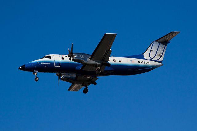 United Express (SkyWest Airlines) Embraer EMB-120ER N566SW…   Flickr