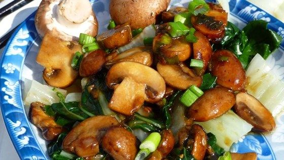 Baby bok choy, lightly cooked just until bright green, is the star of this Chinese side dish, which gets earthy sweetness from oyster sauce and portobello mushrooms.