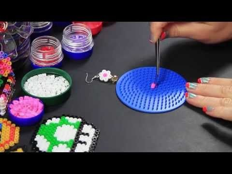 "- Video Tutorial - orecchini ""Margherita"" flower earrings - Hama Beads Pyssla Perline Midi - YouTube"